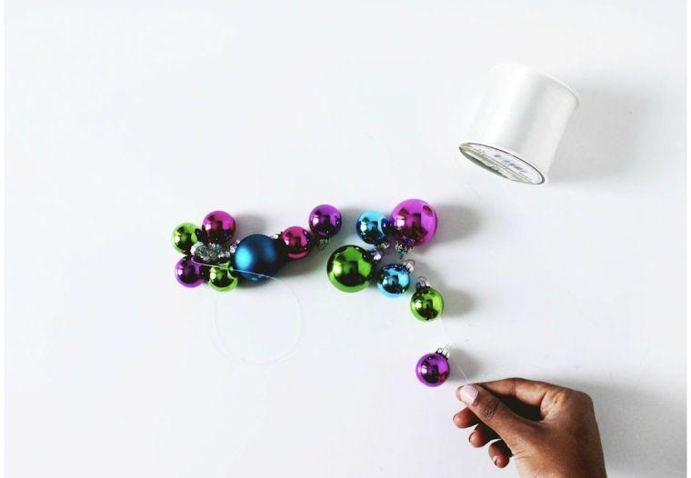 diy-corona-navidad-ideas-estilo-escandinavo-bolas-navidad