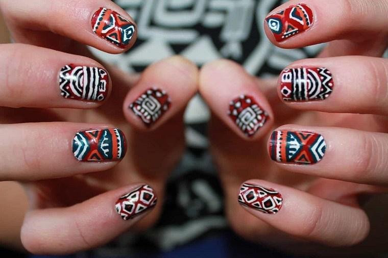 estilo-tribial-azteca-disenos-unas