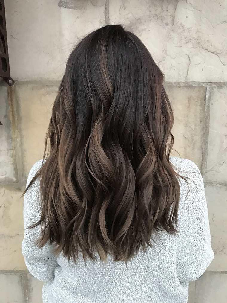 ideas-cabello-castano-estilo-moda