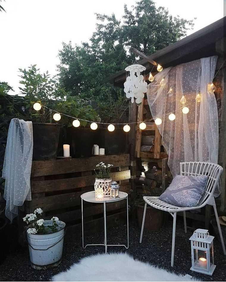 invierno balcon-decorar-muebles-blancos