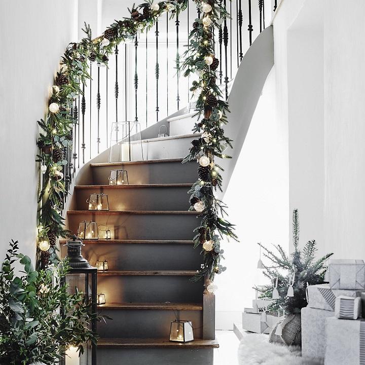 lamparas-decorativas-escaleras-metalicas