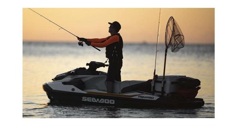 pesca moto acuatica