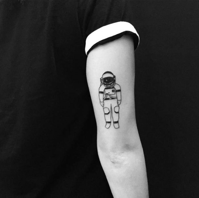 los mejores tatuajes astronauta