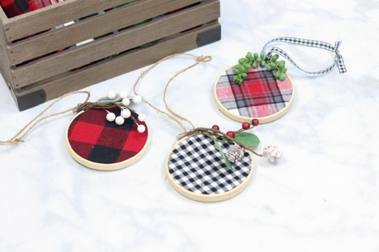 manualidades-de-navidad-faciles-de-hacer-adornos-arbol-navidad-diy
