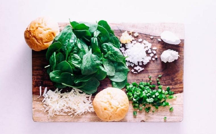 receta-tapas-panecillos-rellenos-salsa
