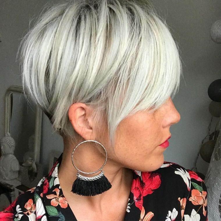 tendencias-peinado-femenino-corte-pixie