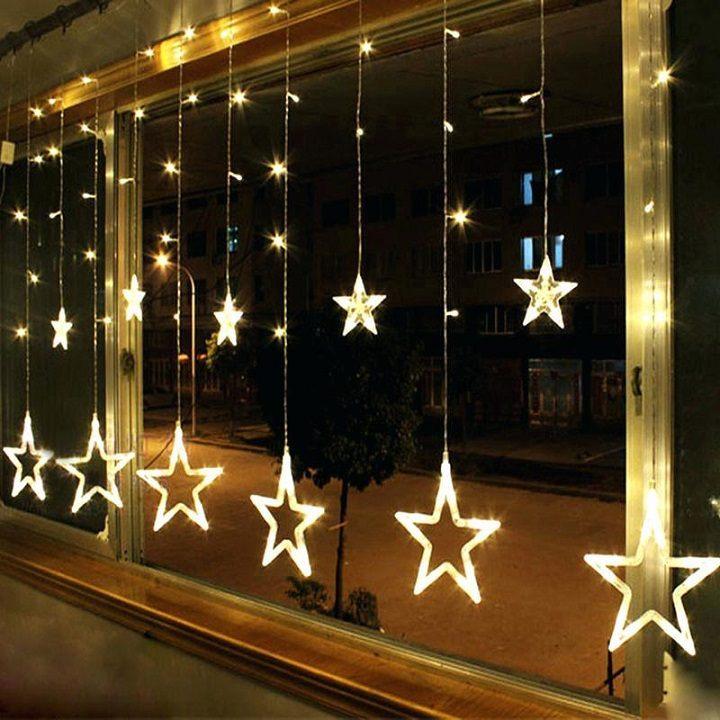 ventanas-decoradas-navidad-moderna