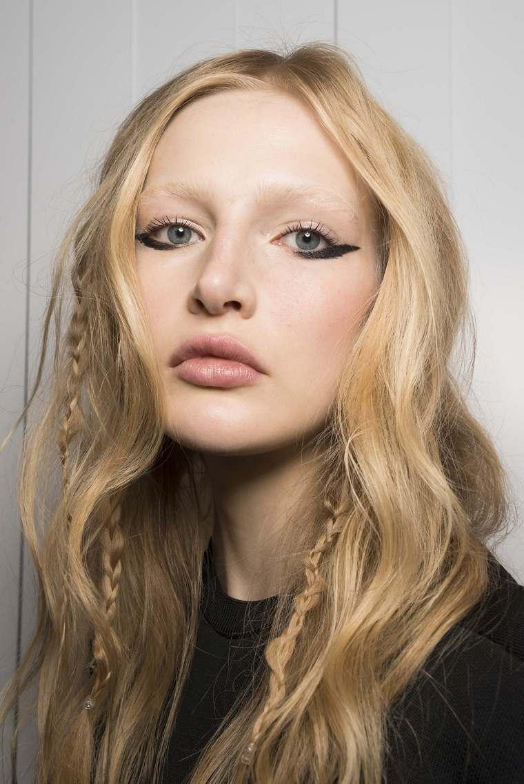 Jill-Stuart-modelos-color-cabello-rubio