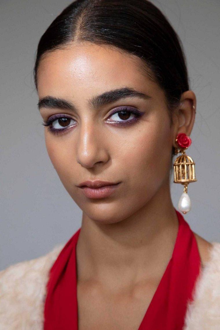 Oscar de la Renta-maquillaje-estilo-ahumado