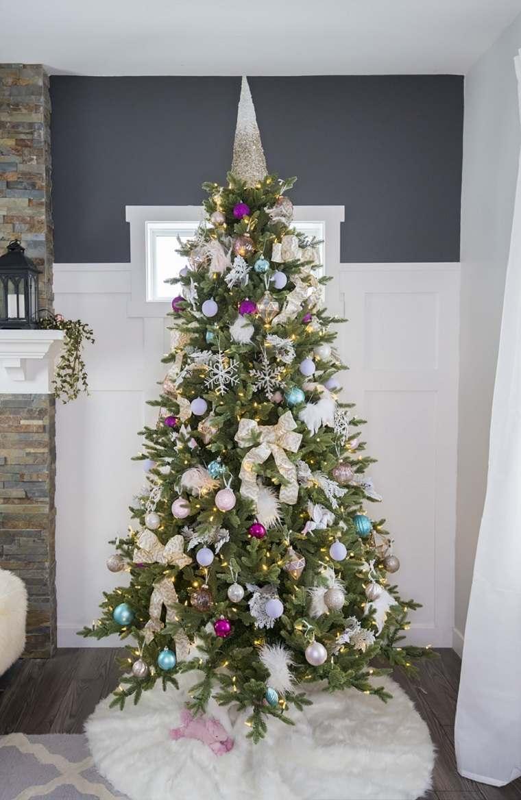 árbol de navidad adornos-distinto-colores-arbol-navideno