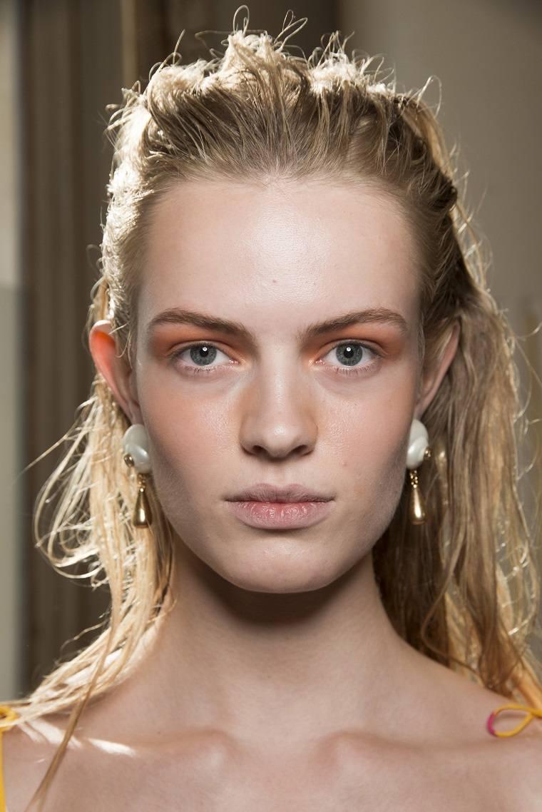 altuzarra-moda-primavera-2019-maquillaje-modelos