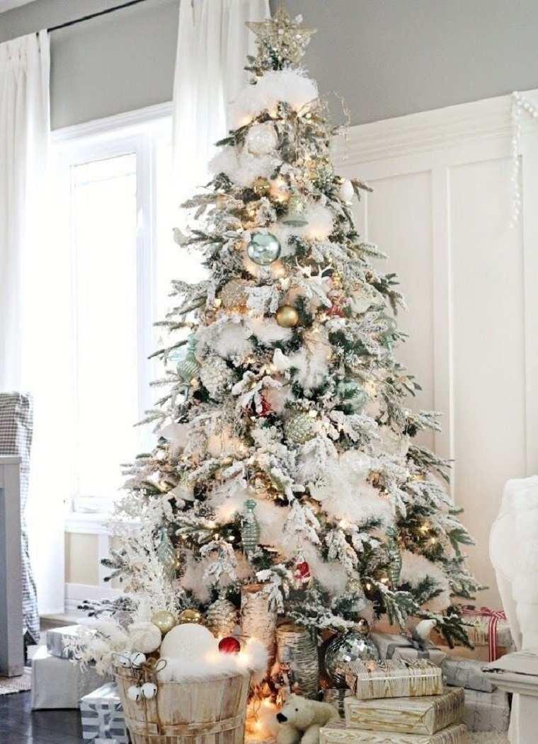 arbol-bello-estilo-casa-moda-navidena