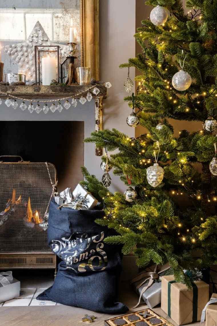 árbol de navidad-consejos-decoracion-adornos-luces