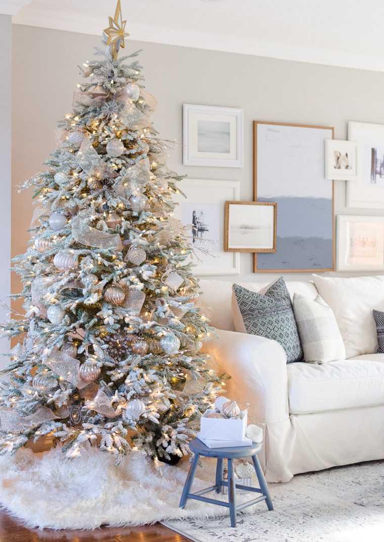 arbol-de-navidad-consejos-decoracion-colores-claros