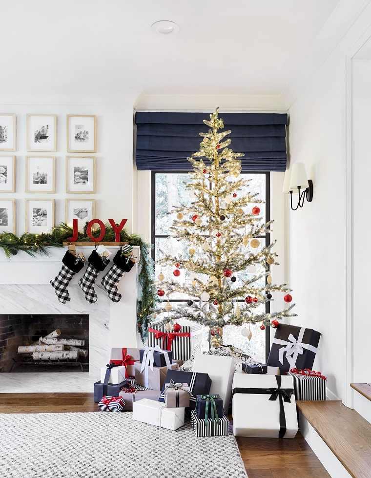 arbol-de-navidad-consejos-decoracion-poco-pomposo-bien-decorado