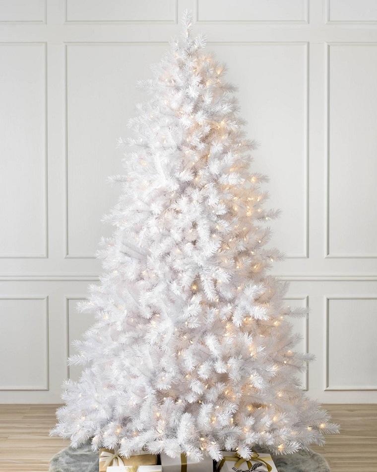 arbol-navidad-clasico-color-blanco-diseno