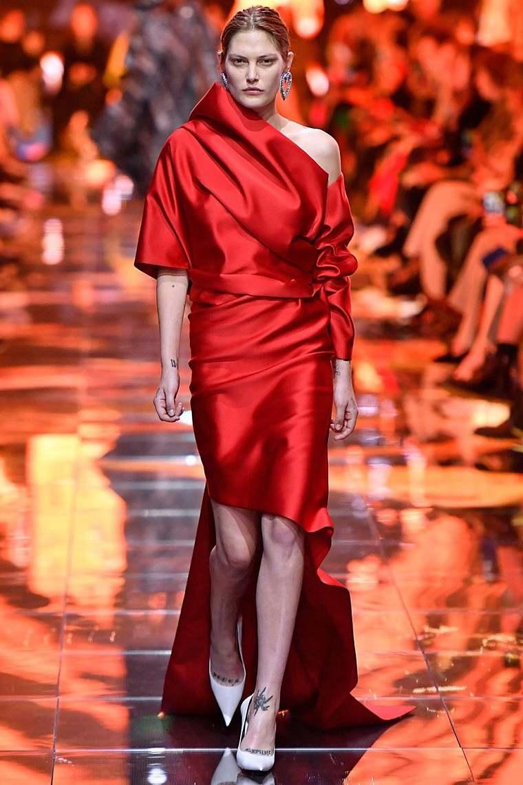 balenciaga-vestido-rojo-estilo-elegante