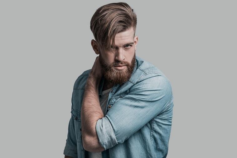 cabello-hombre-lado-corte-barba-estilo
