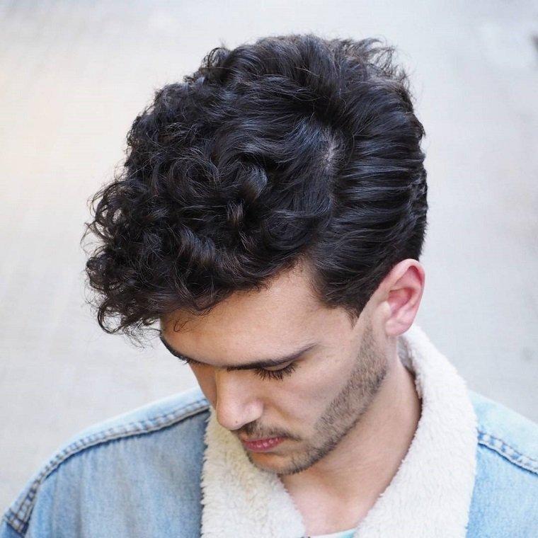 cabello-rizado-mejores-ideas-corte-masculino