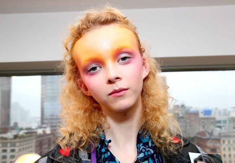 cabello-rubio-recogido-opciones-pasarela