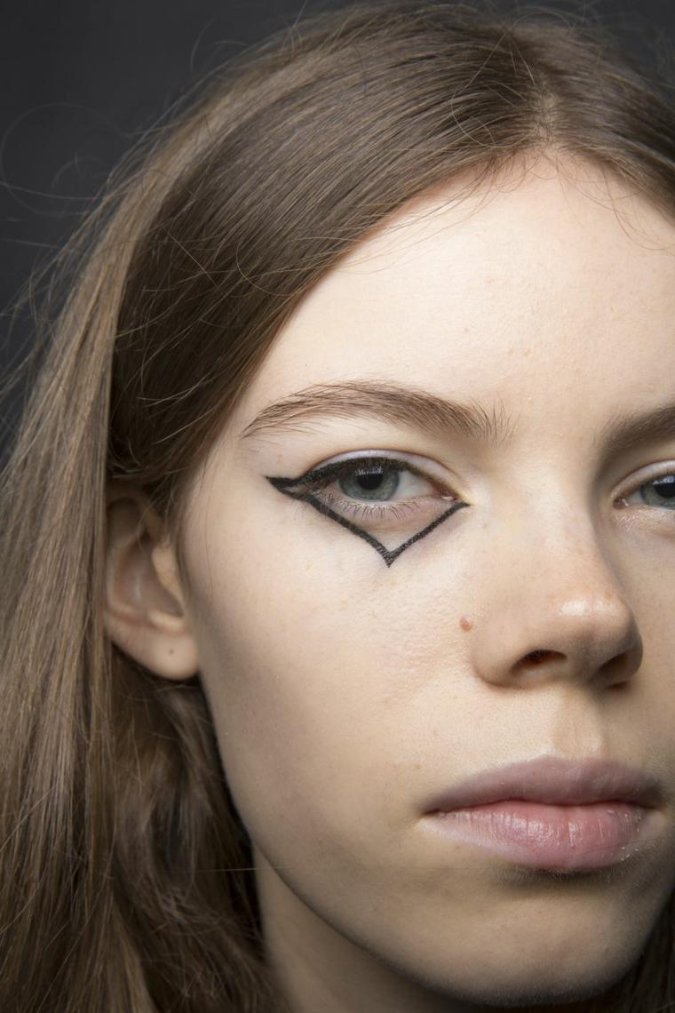 coach-primavera-2019-maquillaje-pasarelas-ideas