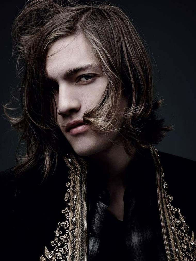 corte-cabello-largo-hombre-estilo-moda