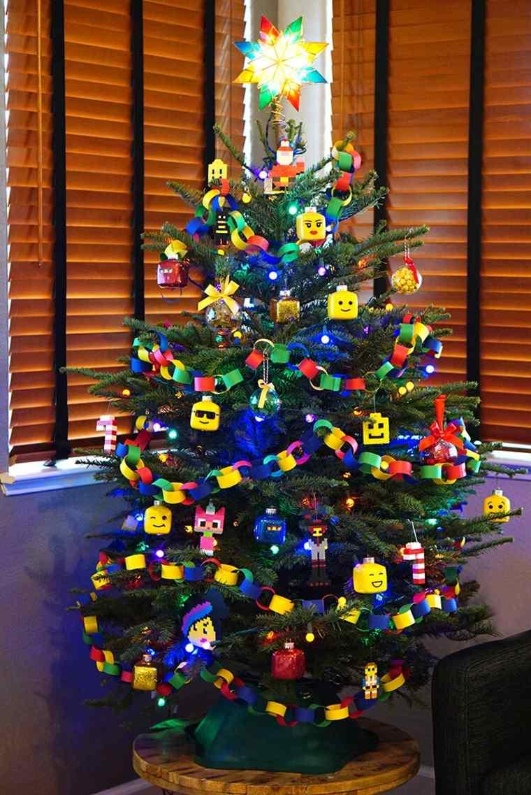 decoración-de-árbol-de-Navidad-con-lego