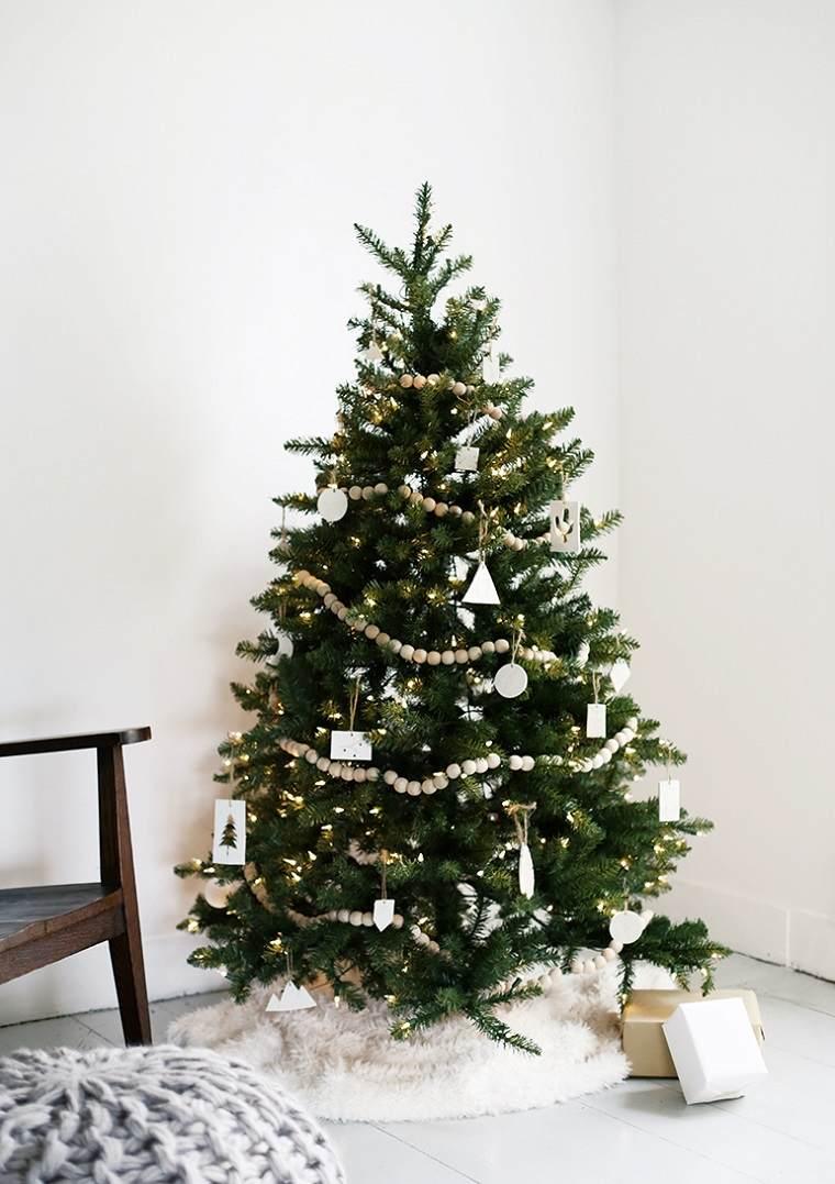 decoracion-navidad-simple-guirnalda-madera