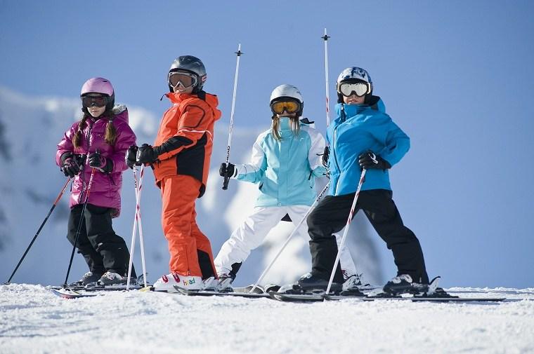 esquiar con niños -ideas-vaciones-invierno