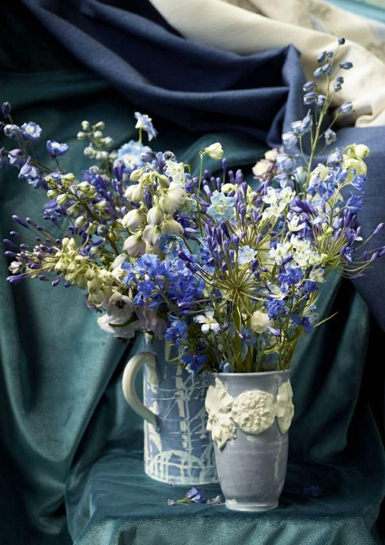 flores-azul-blanco-jarrones-ideas