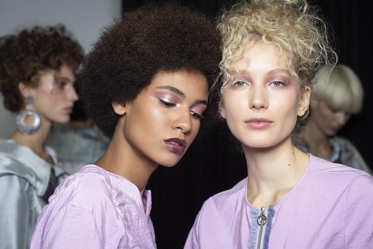giorgio-armani-semana-moda-color-rosa-labios-ojos