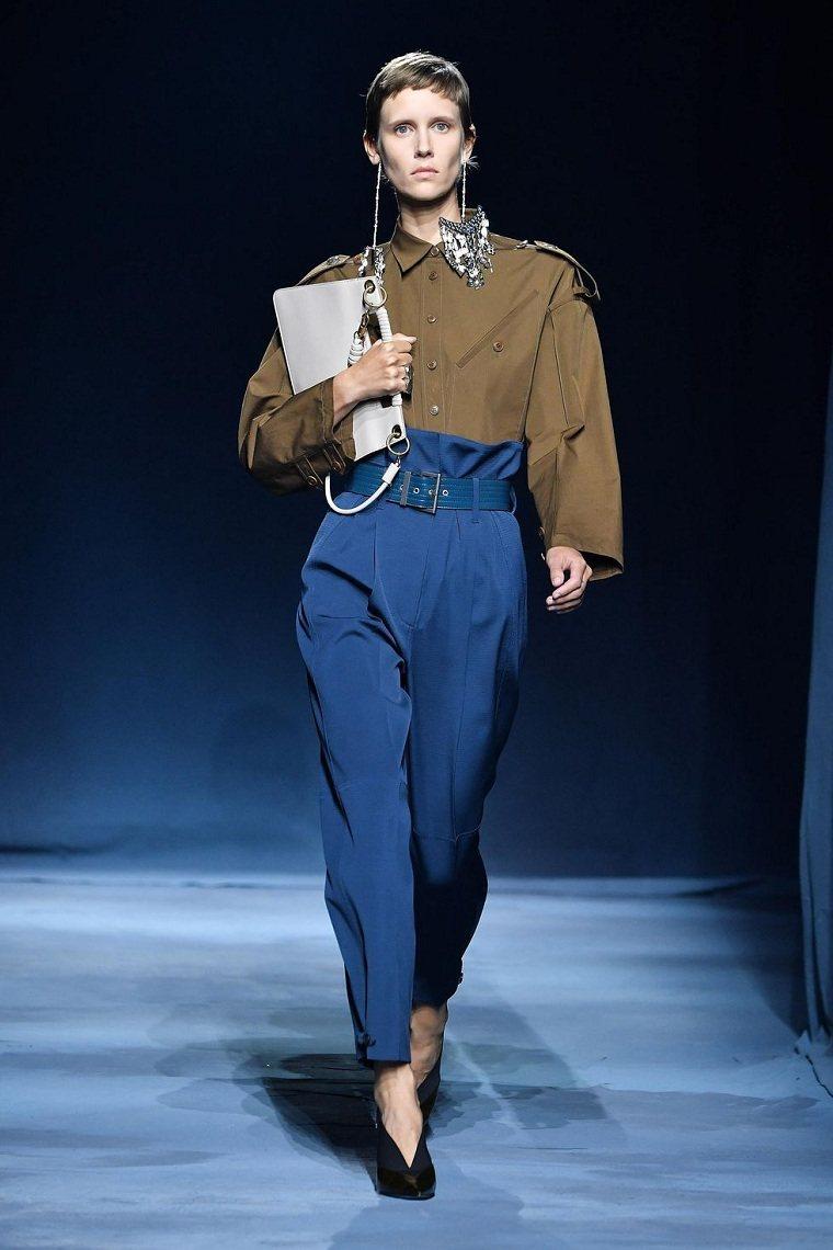 givenchy-pantalones-diseno-moda