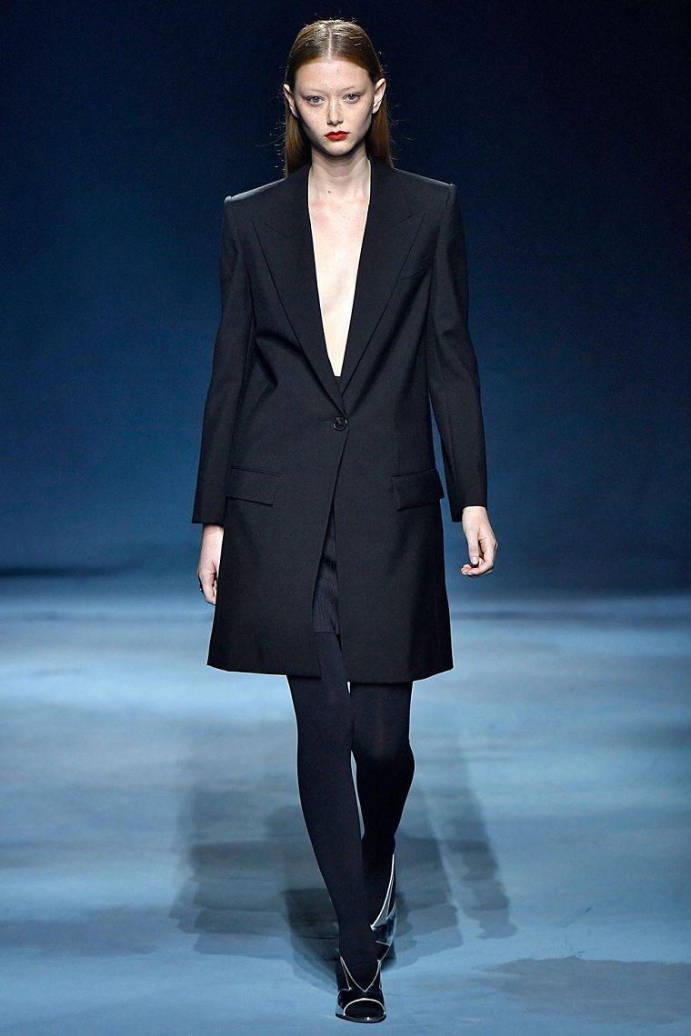 givenchy-traje-moderno-elegante