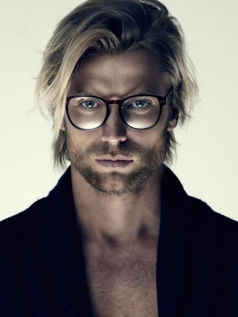 hombre-cabello-largo-corte-moderno-estilo