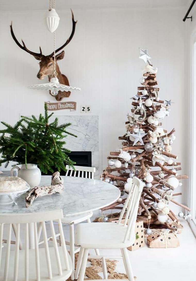 hygge decoración-arbol-madera-estilo
