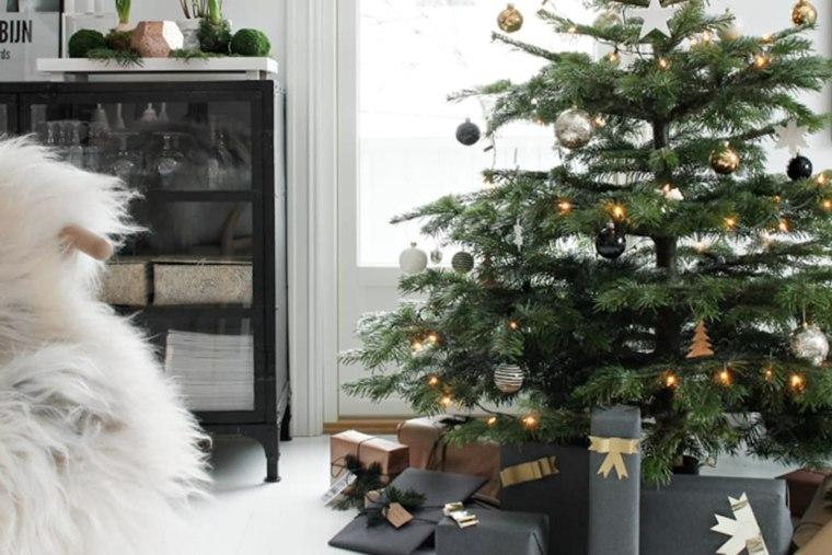 hygge decoración-arbol-navidad-regalos-negros