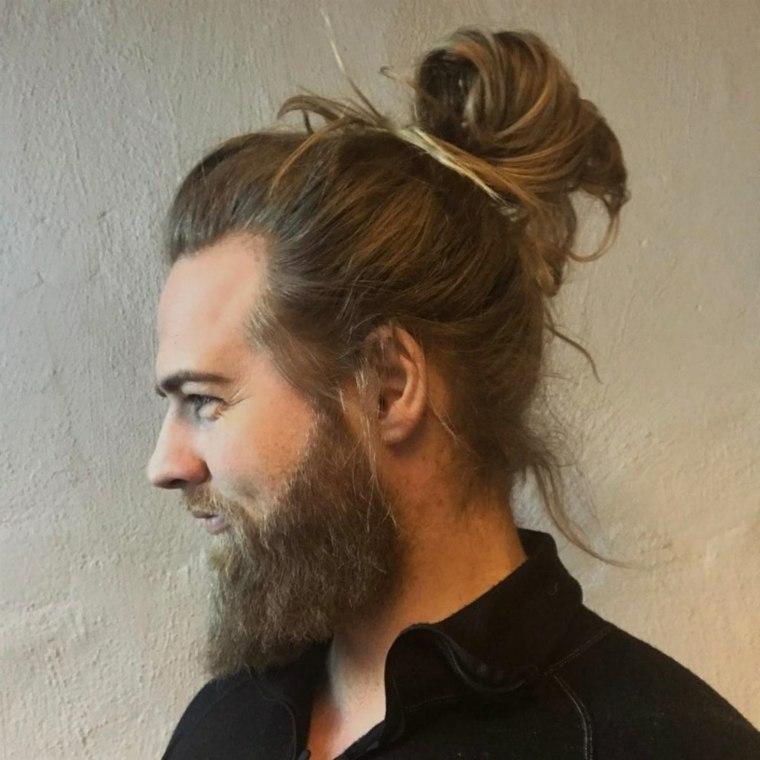 idea-recoger-cabello-largo-hombre-barba