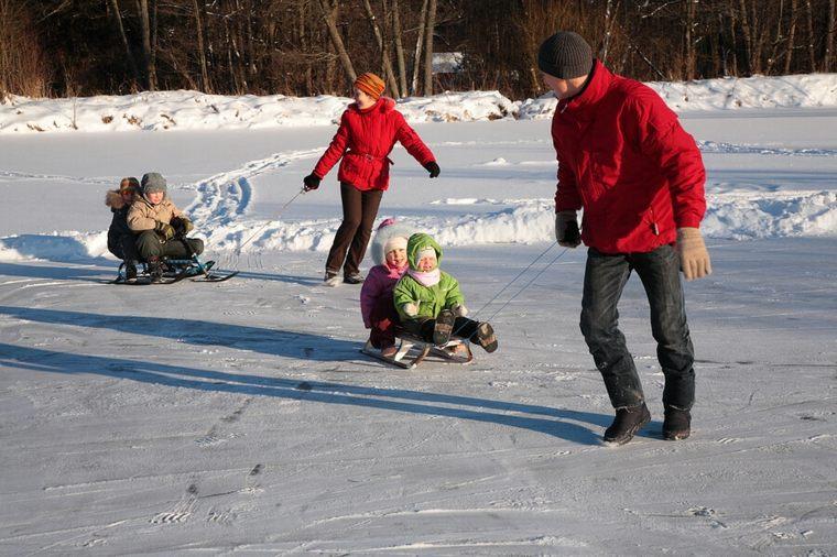 jugando-en-la-nieve