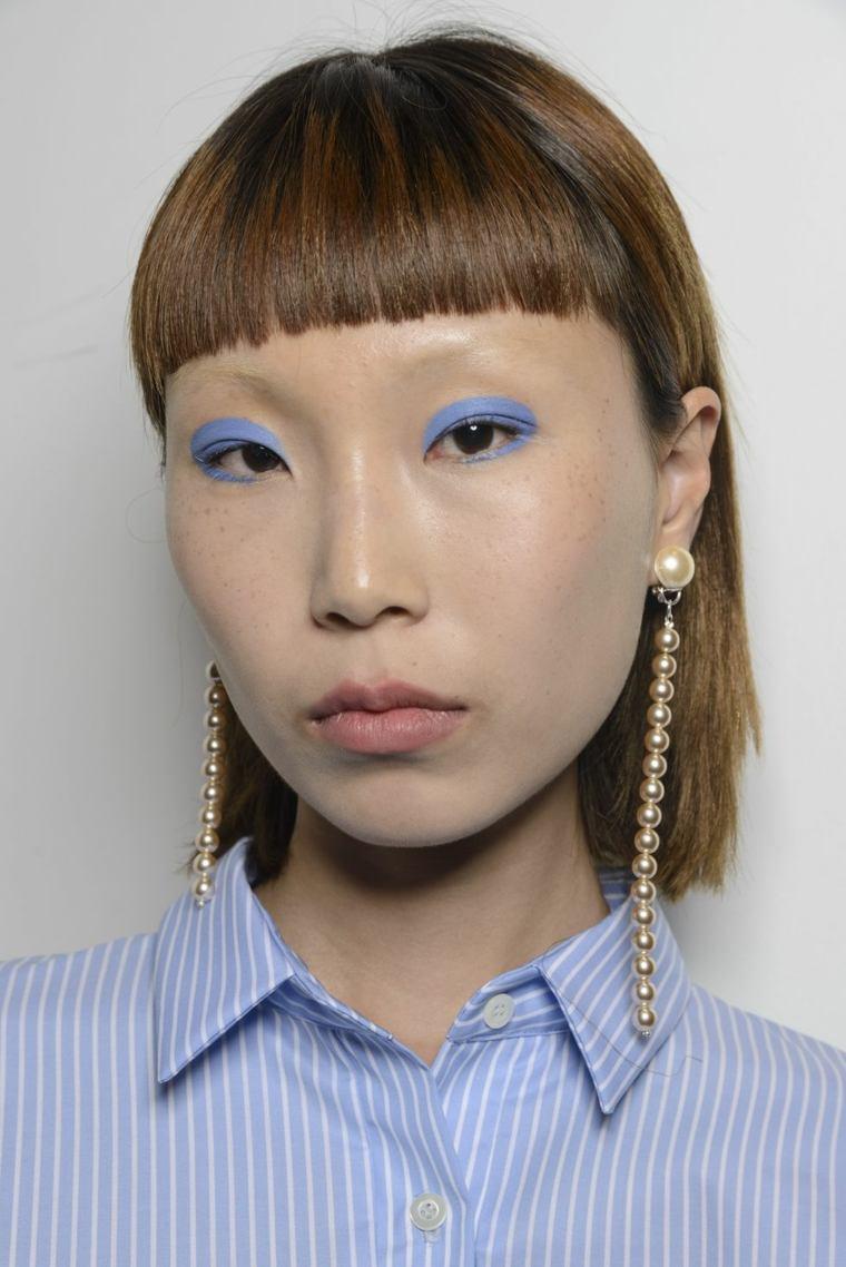lutz-huelle-color-sombra-azul-pasarela