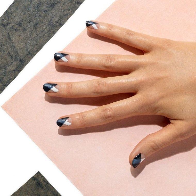 manicura-elegante-colores-apropiados-negro-blanco-gris