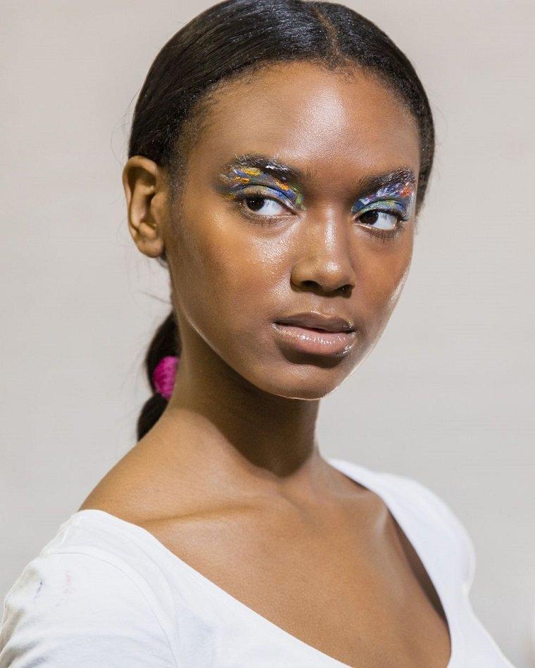 maquillaje-ojos-estilo-primavera-2019-lanyu