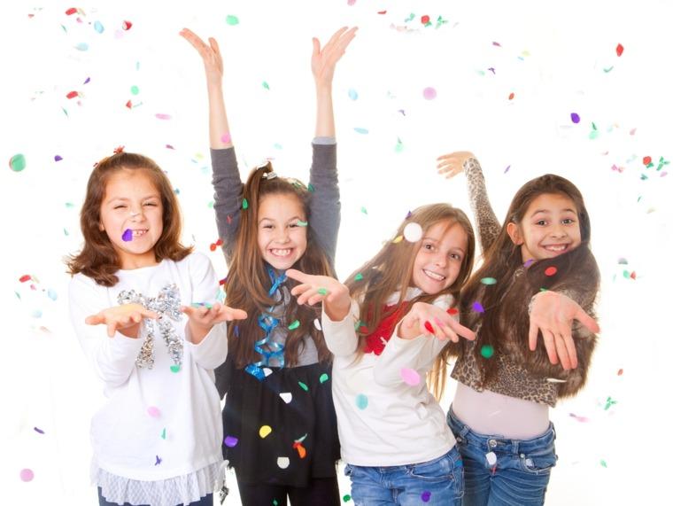 niños-celebrando
