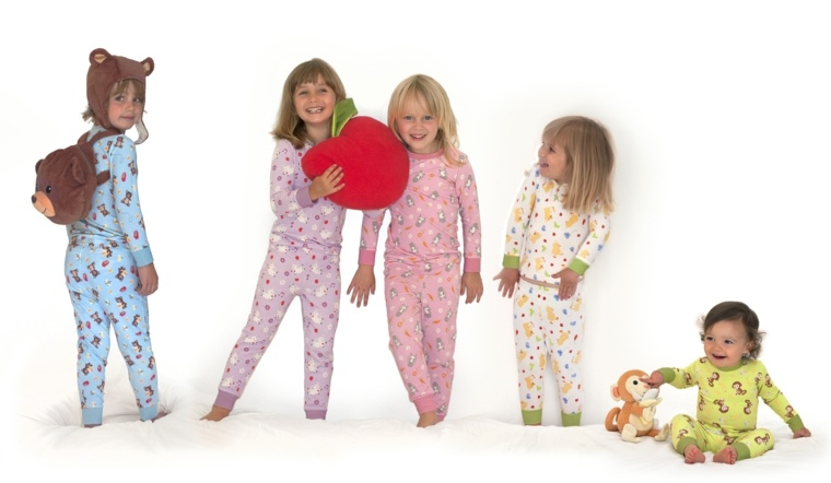 niños-en-pijamas