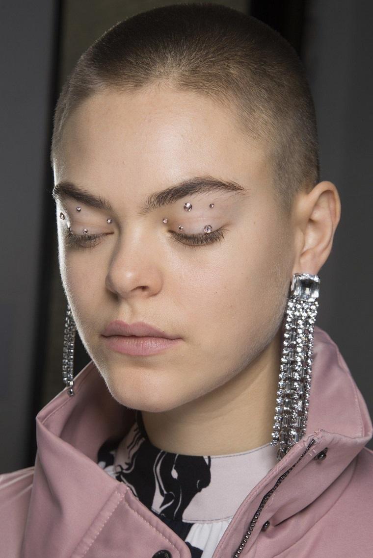 piedras-ojos-modelos-estilo-maquillaje