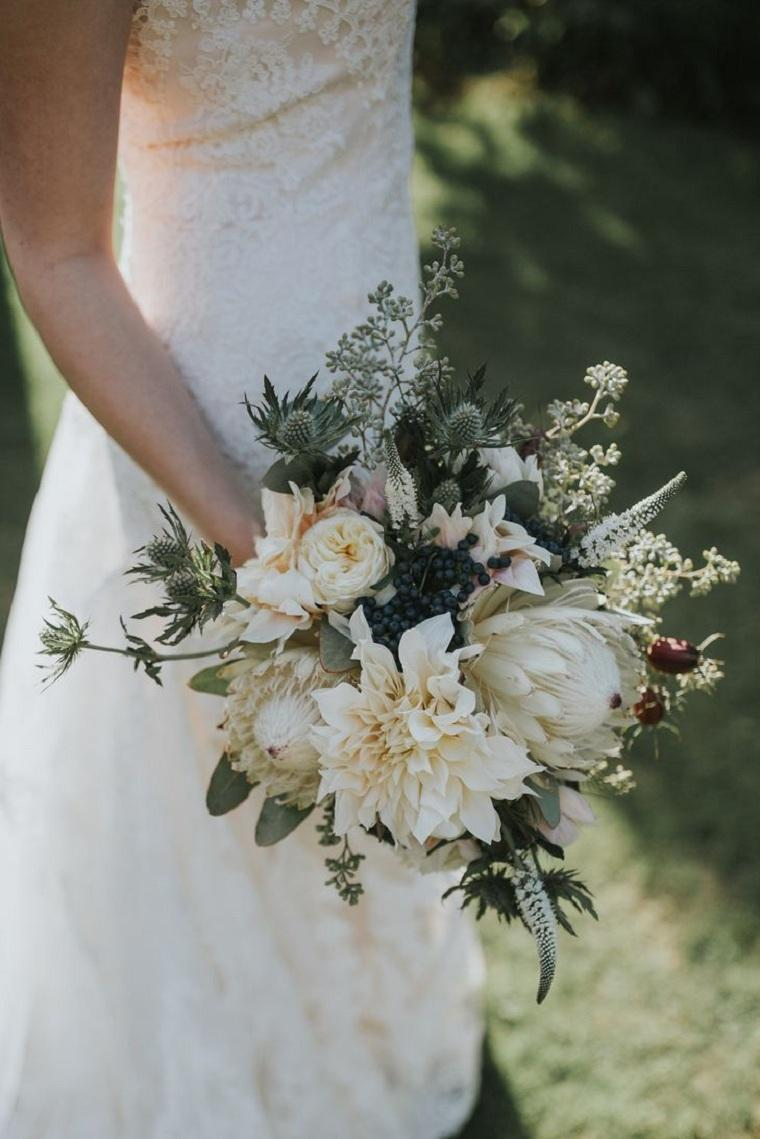 ramo-novia-cardo-dalia-protea-combinacion