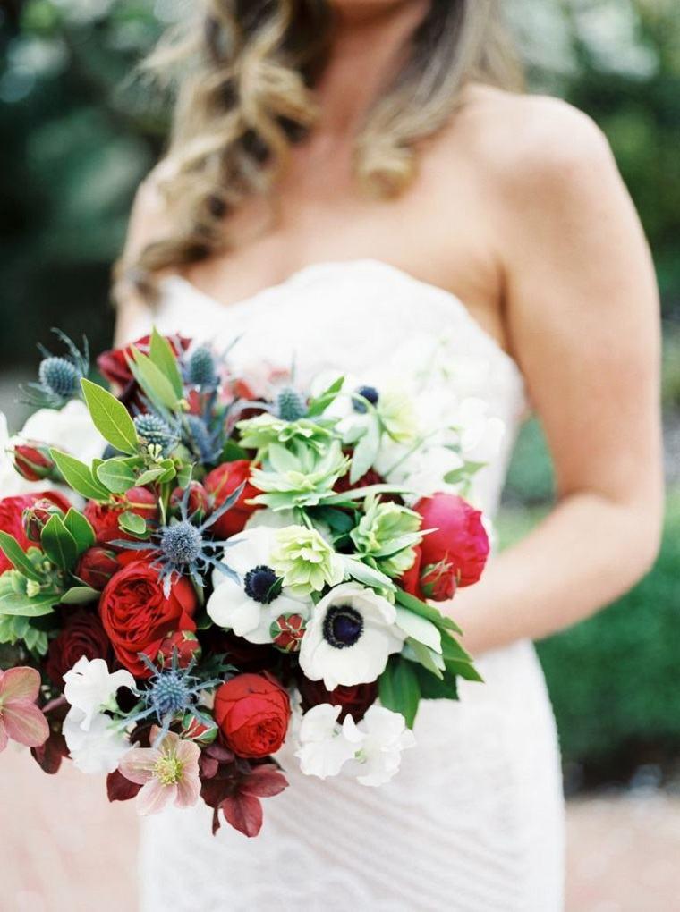 ramos-de-novia-cardo-azul-rosa-roja-anemonas -blancas