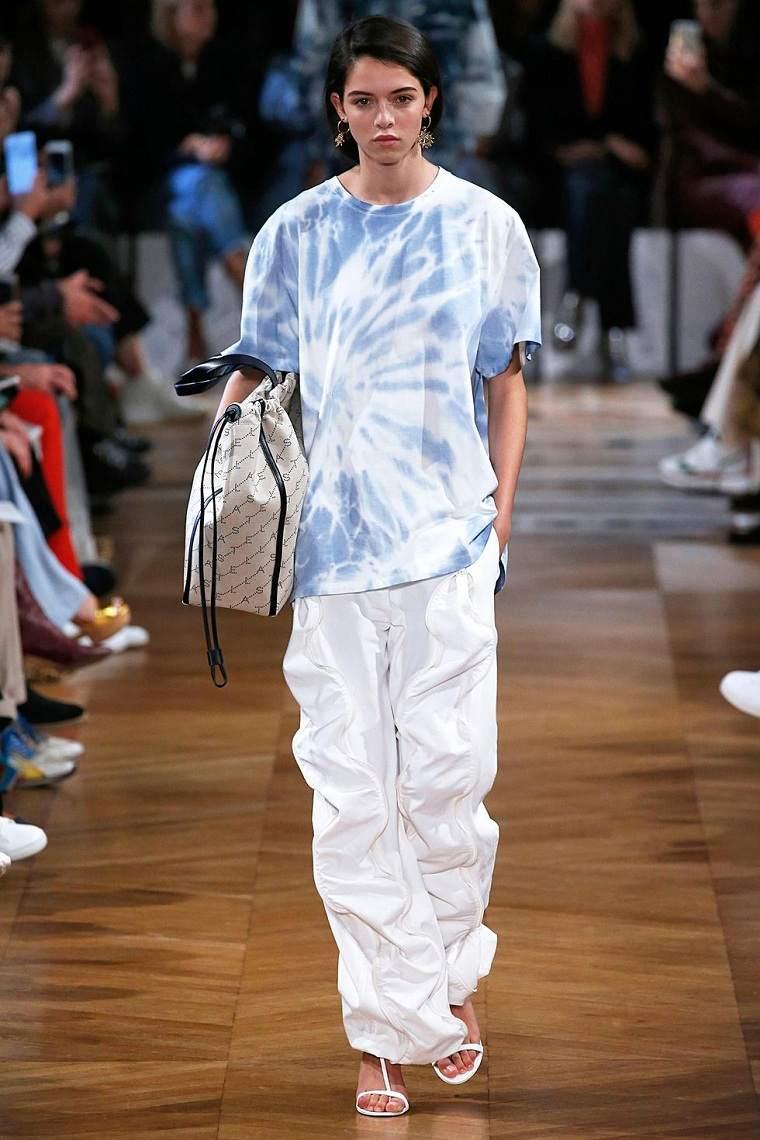 stella-mccartney-ropa-estilo-tenido-camiseta