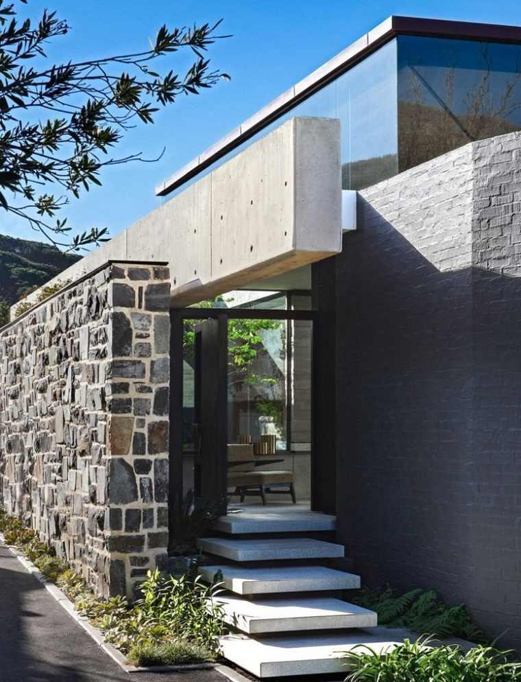 techo de cristal entrada moderna