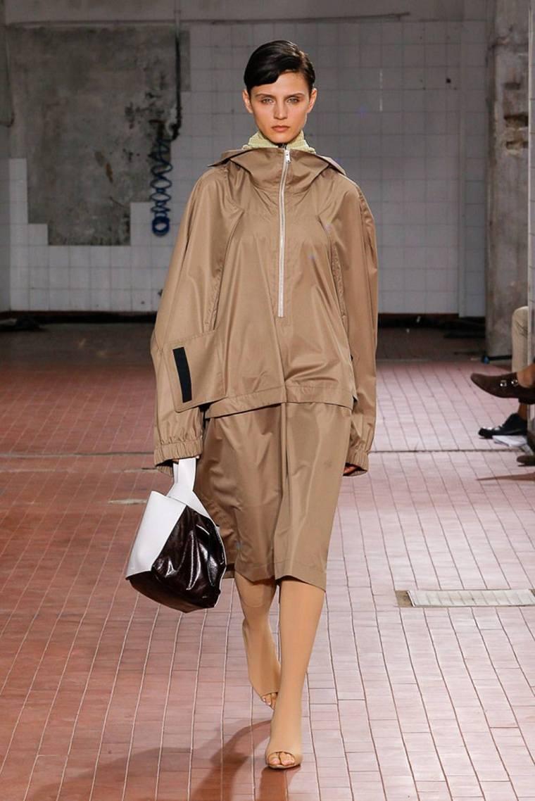 tendencias-de-moda-color-beige-jil-sander