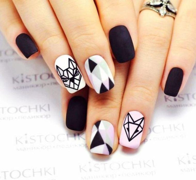 uñas pintadas-diseno-geometrico-blanco-negro-combinar